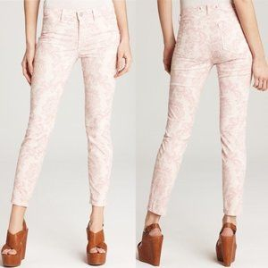j brand Mid Rise Skinny Jeans in Baroque Pink 25